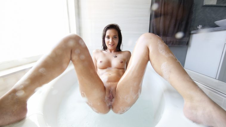 Povd Gia Paige in Shower Slut 11