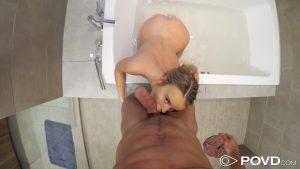 Povd Alexis Adams in Shower Creeping 20