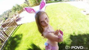 Povd Lena Paul in Easter Bunny Hunny 3